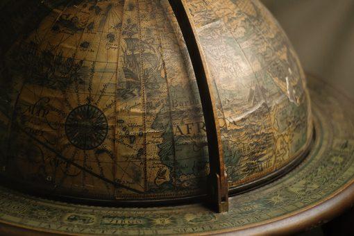 vieux globe pour un e-commerce à l'international